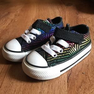 NWOT Infant Converse All Stars Rainbow Pattern!